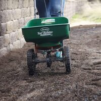 Using A Compost Spreader For Your Lawn | How To Make