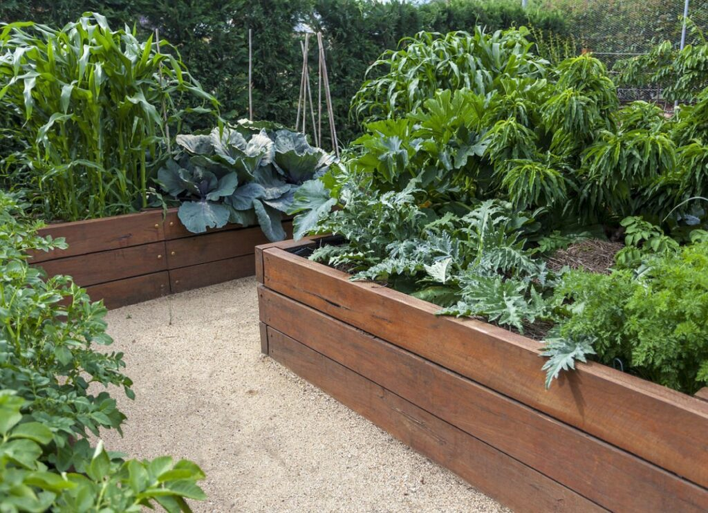 How To Build A Raised Garden Bed With Legs & DIY Planting